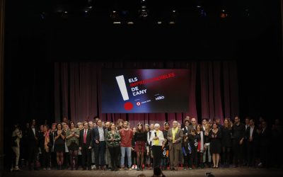 """Vermuts Miró otorga el premio Especial """"Etiqueta Negra"""" a Canal Reus TV, por su 20º cumpleaños"""