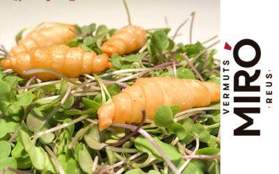 Croissant aeri crunch de foie al Vermut Miró